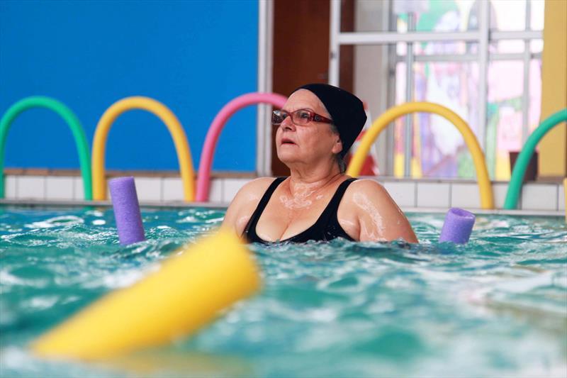 123e9975f Piscinas públicas atendem seis mil pessoas com natação e ...