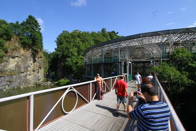 A Ópera de Arame foi eleita uma das Sete Maravilhas Brasileiras pelo site de hospedagem Hoteis.com. A pesquisa foi feita em novembro de 2011 com os visitantes cadastrados no site. Curitiba, 04/01/2012 Foto:Jaelson Lucas/SMCS