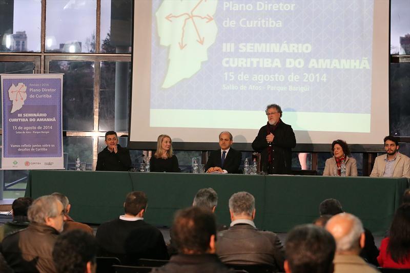 Seminário debate desafios da revisão do Plano Diretor de Curitiba. Curitiba, 15/08/2014 Foto: Valdecir Galor/SMCS