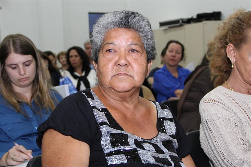 Audiência pública da Regional Boa Vista realizada na noite dessa quarta-feira (19). -Na imagem, Nilza de Jesus Oliveira Simei. Foto: Lucilia Guimarães