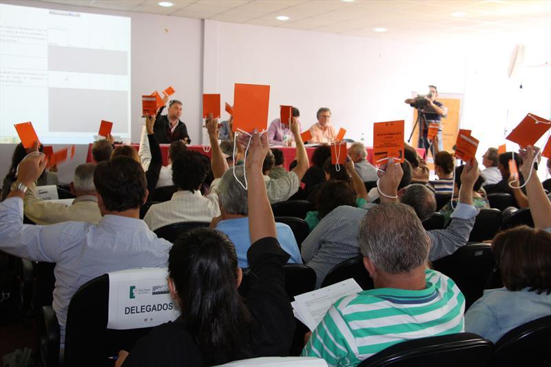Após dois dias de debates e troca de informações, a Plenária Expandida do Conselho da Cidade de Curitiba (Concitiba) terminou no sábado (7) com a aprovação de 47 das 73 emendas que chegaram à etapa final do processo, o que corresponde a quase 65% do total de emendas consideradas válidas.  Foto: Lucilia Guimarães
