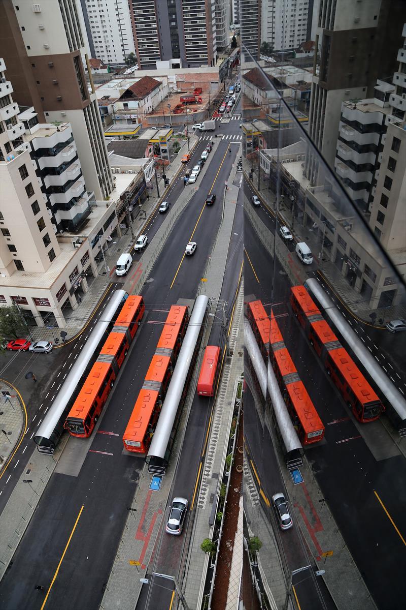 Plano Diretor 2015 expande o tripé de planejamento para novas áreas de Curitiba. Foto: Valdecir Galor/SMCS