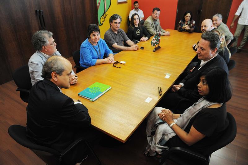 Prefeito recebe avaliadores do título de Capital Mundial do Design. Curitiba, 04/08/2015 -  Foto: Everson Bressan/SMCS
