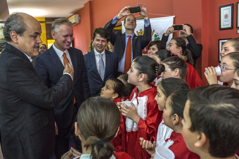 A Prefeitura de Curitiba formalizou nesta sexta-feira (18) uma cooperação com instituições holandesas e brasileiras para aumentar o potencial de ciclomobilidade na cidade. Curitiba, 18/09/2015 -  Foto: Maurilio Cheli/SMCS
