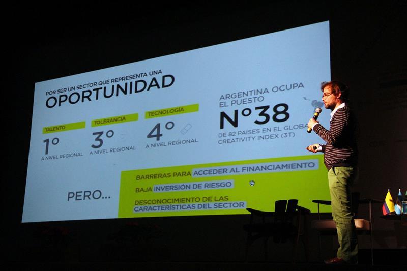 2º  Fórum Internacional Cidades Amigas do Design.  - Na imagem, Enrique Avogadro. Curitiba, 05/11/2015 -  Foto: Lucilia Guimarães
