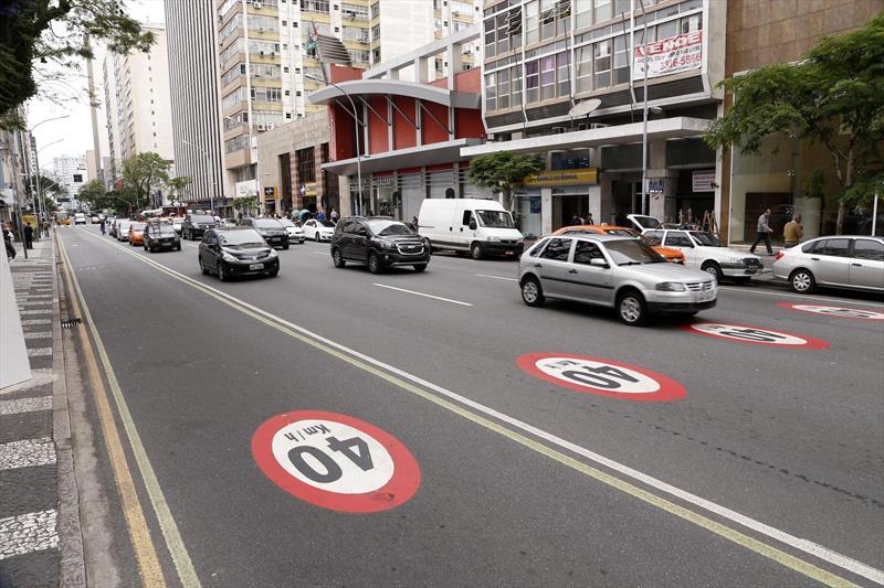 O primeiro levantamento sobre ocorrências de trânsito na região da Área Calma aponta para uma redução no número de acidentes desde a implantação do novo limite de velocidade, que é de 40 quilômetros por hora. Foto: Luiz Costa/SMCS