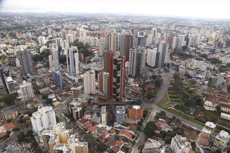O Instituto de Pesquisa e Planejamento Urbano de Curitiba (Ippuc) vai promover uma audiência pública para lançar o processo de adequação da Lei de Zoneamento, Uso e Ocupação do Solo às diretrizes do Plano Diretor de Curitiba. Foto: Luiz Costa/SMCS
