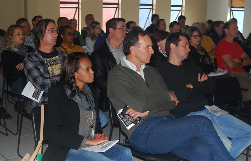Oficinas regionais reuniram 320 pessoas para debater a Lei de Zoneamento Uso e Ocupação do Solo. Foto: Felipe Sloboda/IPPUC