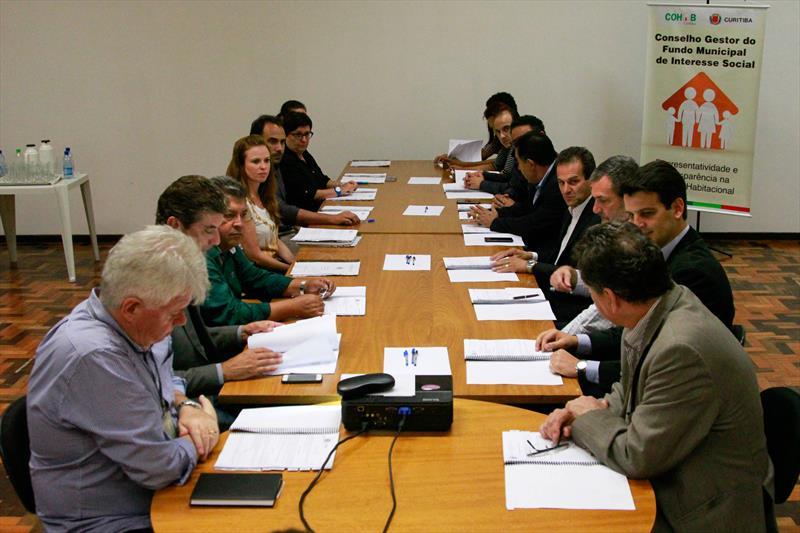 O novo Conselho Gestor do Fundo Municipal de Habitação de Interesse Social (FMHIS) tomou posse nesta quarta-feira (15/03). Foto: Rafael Silva