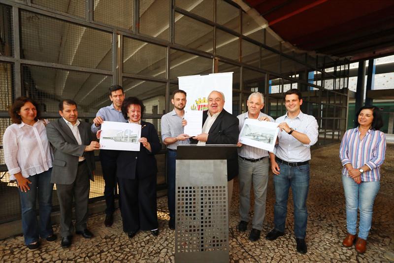 Prefeito Rafael Greca autoriza início das obras do Restaurante Popular do Capanema. Curitiba, 06/09/2017 Foto:daniel Castellano/SMCS