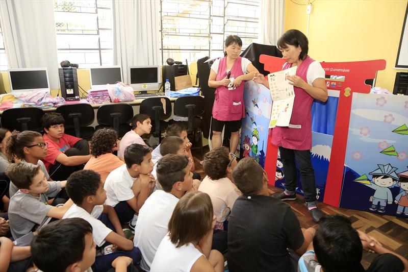 """Dobrando Ideias para o mundo sustentével, na Escola Madre Antonia no tarumã. Curitba,29/11/2017. Foto: Luiz Costa/SMCS"