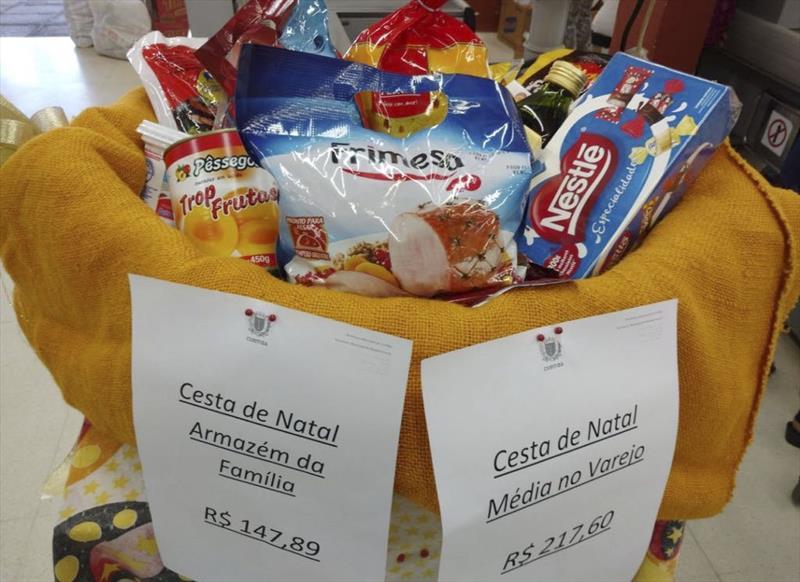 Alimentos da ceia de Natal são 32% mais baratos nos Armazéns da Família. Curitiba, 11/11/2017 Foto:Divulgação