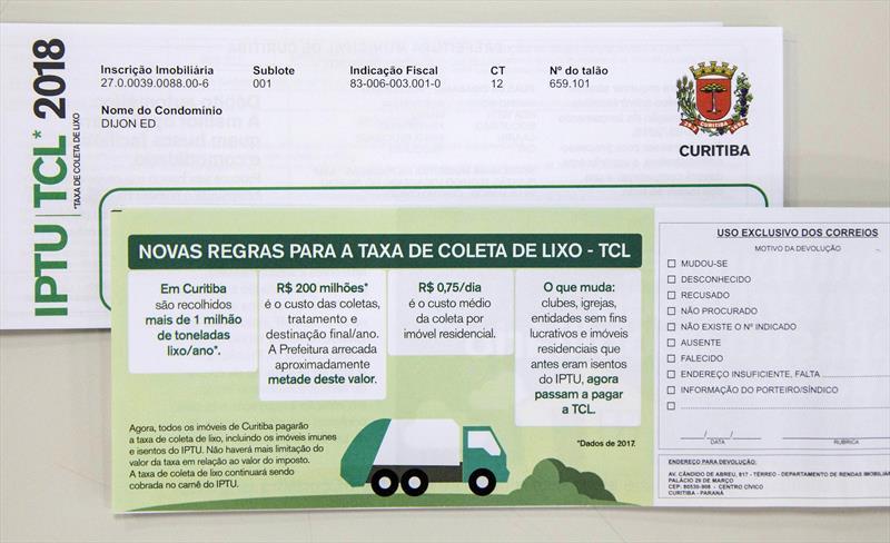 Carnês do IPTU 2018 começam a ser distribuídos; pagamento à vista tem desconto de 4%. Curitiba, 04/01/2018 Foto: Valdecir Galor/SMCS