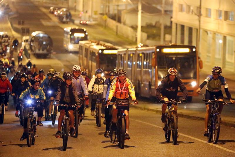 Pedala Curitiba volta às ruas das dez regionais a partir de segunda-feira. Foto:Cesar Brustolin/SMCS (arquivo)