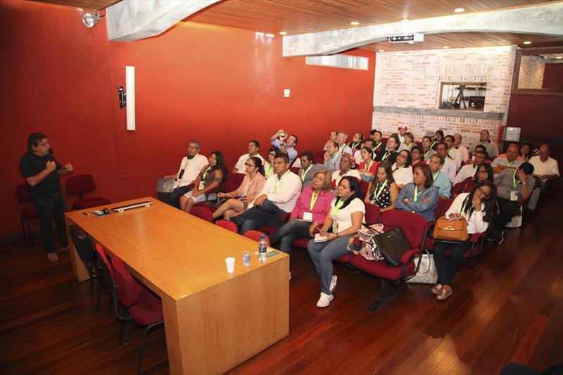 Autoridades de cidades sul-americanas conhecem o planejamento de Curitiba. Representantes de governos municipais do Peru, Equador e Colômbia estão na cidade para participar do Smart City Expo 2018. Curitiba, 27/02/2018 Foto:IPPUC