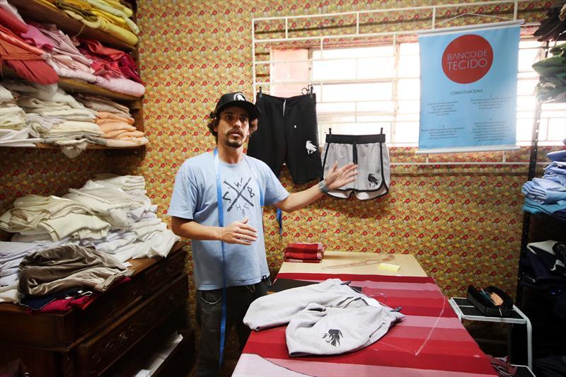 Coletivo transforma Curitiba em referência na moda sustentável.  - Na imagem, Wiliam Batista.  Curitiba, 28/06/2018 - Foto: Lucilia Guimarães/SMCS