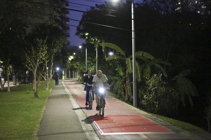 O Instituto de Pesquisa e Planejamento Urbano de Curitiba (Ippuc) está revisando o Plano Cicloviário de Curitiba, uma das cidades pioneiras na criação de ciclovias no Brasil.  Curitiba, 19/07/2018 Foto:Cesar Brustolin/SMCS