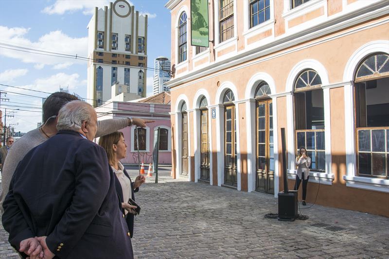 Prefeito Rafael Greca, participa do lançamento do Rosto da Cidade, ao lado do Conservatório de Música no Largo da Ordem. Curitiba, 18/09/2018. Foto: Levy Ferreira/SMCS