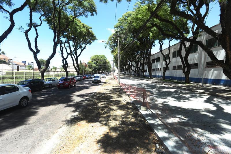 Obras feitas com o medidas compensatórias, Avenida Getúlio Vargas no Rebouças. Curitiba, 04/12/2018. Foto: Luiz Costa /SMCS.