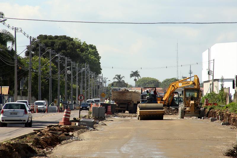 Obras feitas com o medidas compensatórias, na rua Konrad Adenauer e Dante Angelote no bairro Alto. Curitiba, 04/12/2018. Foto: Luiz Costa /SMCS.
