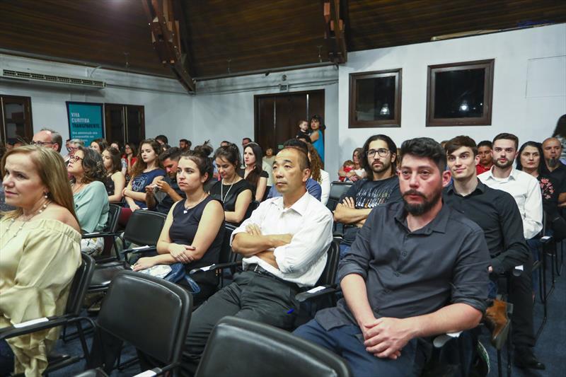 Formatura da primeira turma do projeto Bom Negocio do Vale do Pinhão no Salão de Atos do Parque Barigui - Curitiba, 05/12/2018 - Foto: Daniel Castellano / SMCS