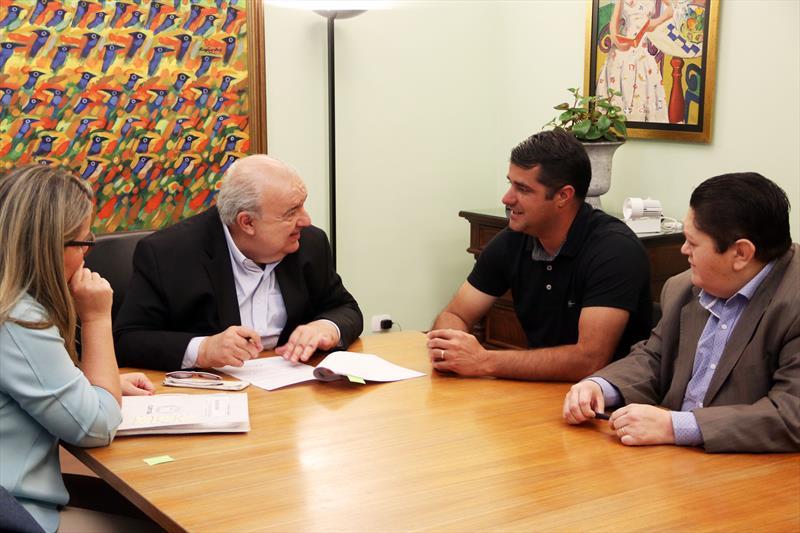 Greca assina convênio para ajudar na recuperação de Itaperuçu. Curitiba, 05/12/2018.  Foto: Lucilia Guimarães/SMCS