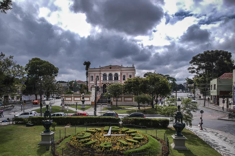 Olhar Curitiba mostra beleza até debaixo d´água. Curitiba, 2019 Foto:Luiz Costa/SMCS