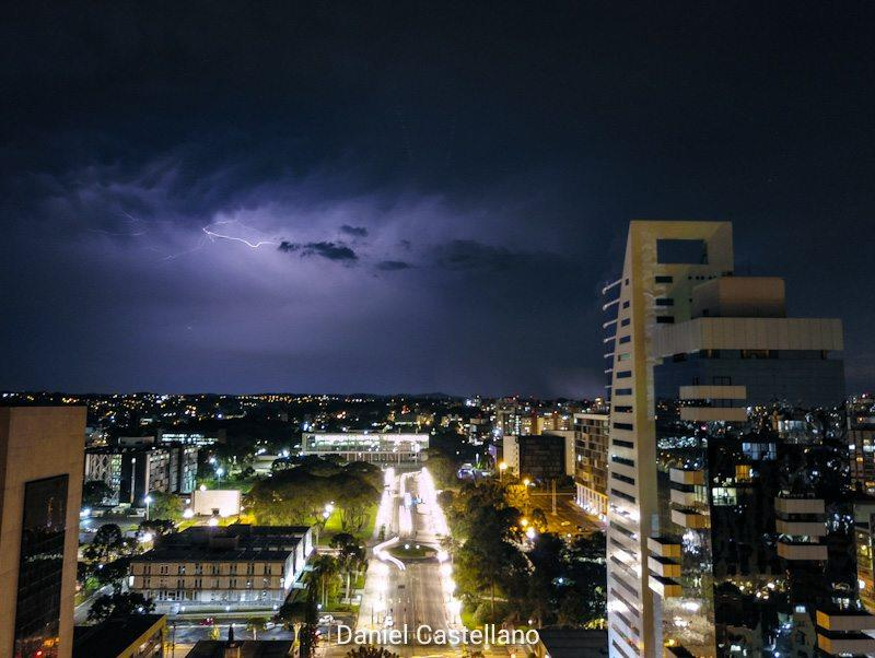 Olhar Curitiba mostra beleza até debaixo d´água. Curitiba, Janeiro 2019 Foto:Daniel Castellano/SMCS