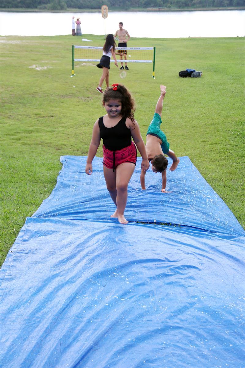 As crianças que forem ao Parque Passaúna, no bairro Augusta, neste fim de semana vão poder participar de uma oficina artística dentro da programação do Verão Curitiba 2019., 19/01/2019. Foto: Lucilia Guimarães/SMCS (ARQUIVO)