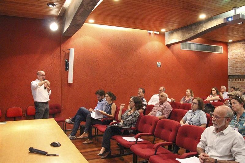 O Plano de Estrutura Cicloviária, apresentado na 51ª reunião ordinária do Conselho da Cidade (Concitiba), nesta quinta-feira (4/4), na sede do Instituto de Pesquisa e Planejamento Urbano de Curitiba (Ippuc) receberá contribuições da sociedade organizada. Foto: Divulgação/IPPUC