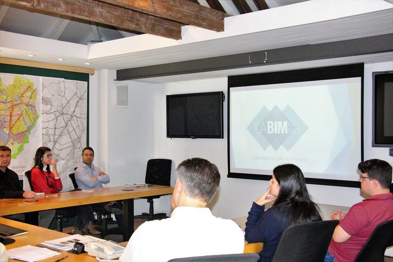 O Instituto de Pesquisa e Planejamento Urbano de Curitiba (Ippuc) está investindo na tecnologia BIM (Building Information Modelling) para aprimorar os projetos urbanos e atender à legislação federal que determina a aplicação desta tecnologia na estruturação dos projetos no setor público. Foto: Divulgação
