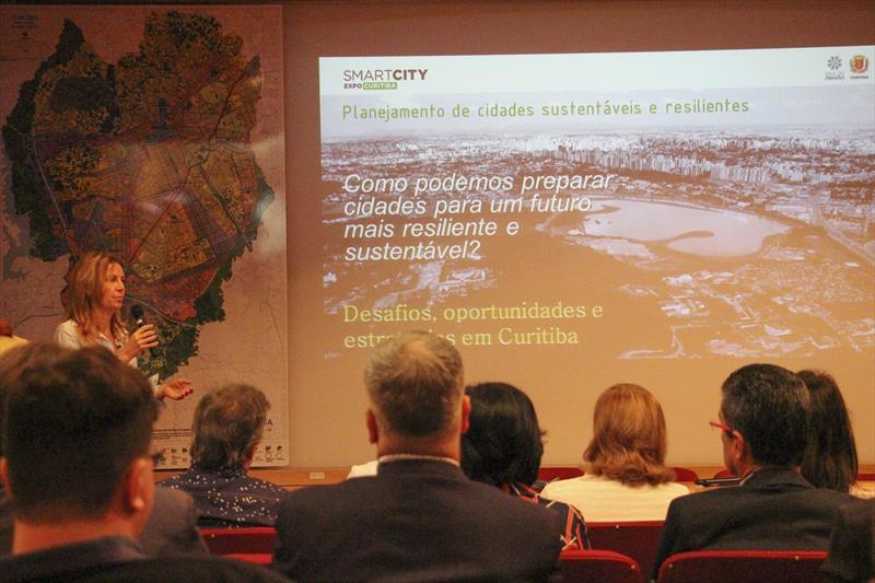 Eletromobilidade na RIT deverá ser exigência a partir de 2025. Foto: Divulgação/IPPUC