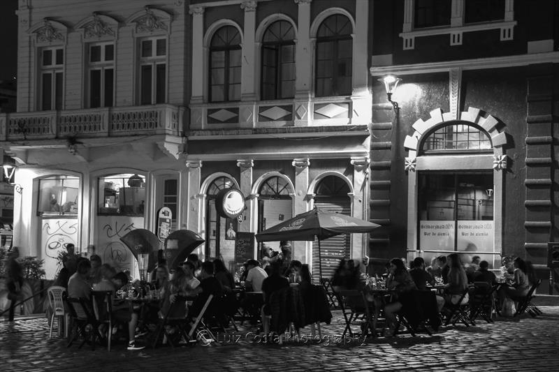 Centro histórico sabado à noite.  Foto: Luiz Costa /SMCS