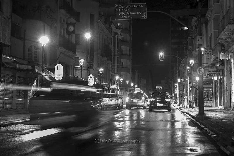 Movimento no centro da cidade. Foto: Luiz Costa /SMCS