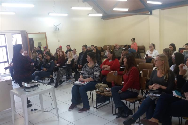 Troca de experiências reúne empreendedores em palestra. Foto: Divulgação