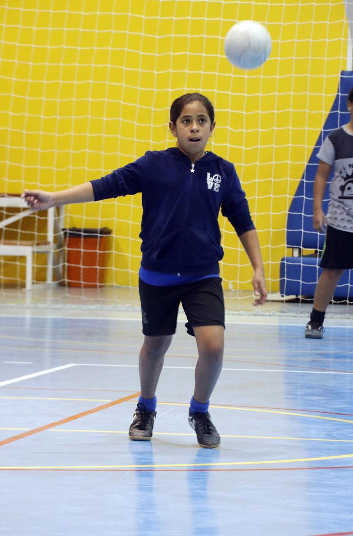 Futsal no Parque dos Peladeiros.    - Na imagem, Kauany Rosa da Silva. Curitiba, 11/06/2019. Foto: Lucilia Guimarães/SMCS