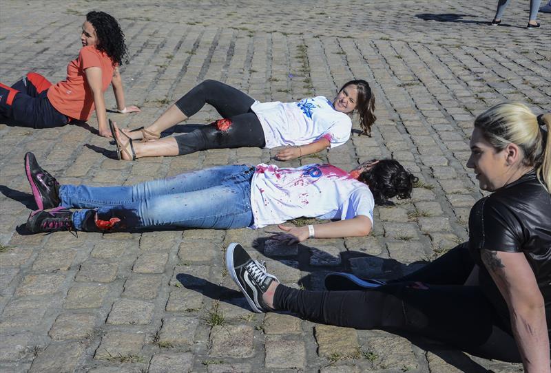 """A simulação de um acidente de trânsito com dezenas de """"vítimas"""" marcou o encerramento do curso de atendimento pré-hospitalar do Serviço Móvel de Urgência (Samu). Curitiba, 15/06/2019. Foto: Levy Ferreira/SMCS"""