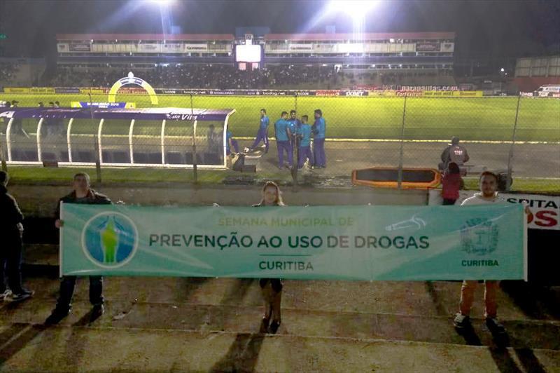 Clubes da capital divulgam ação da prefeitura sobre prevenção às drogas. Foto: Divulgação