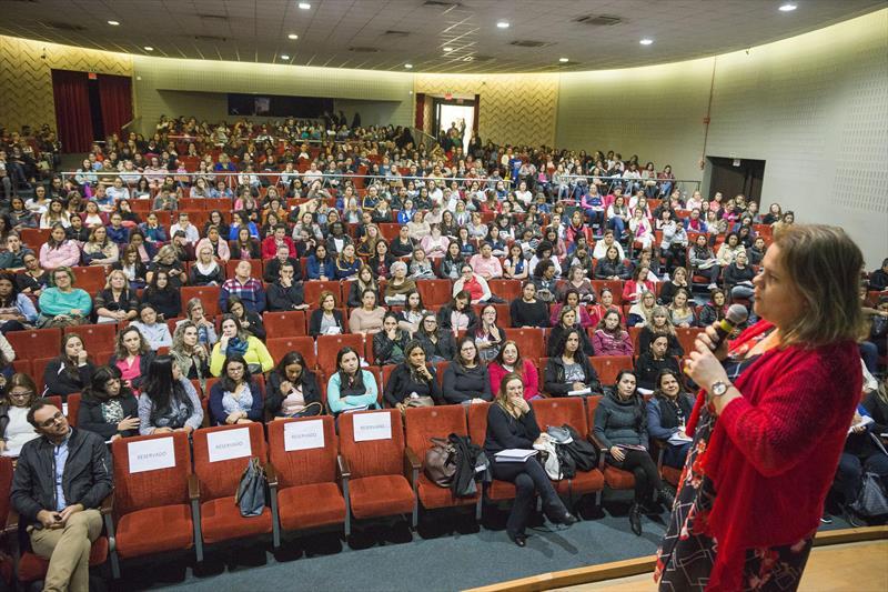 Abertura de Ciclo de Palestras da BNCC e a Construção do Currículo para a Educação Infantil da Rede Municipal de Ensino de Curitiba. Curitiba, 17/06/2019. Foto: Valdecir Galor/SMCS