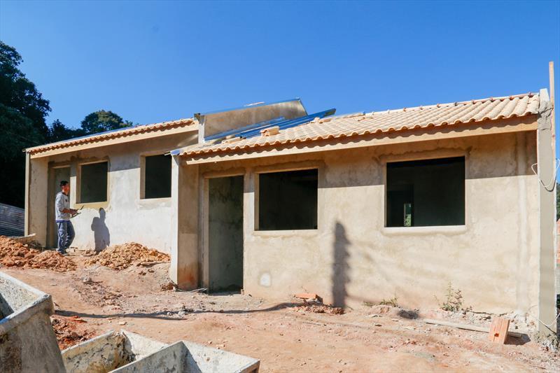 A Companhia de Habitação Popular de Curitiba (Cohab), está realizando a construção de casas e sobrados no Moradias Creta, no Tatuquara. Curitiba, 25/06/2019. Foto: Rafael Silva