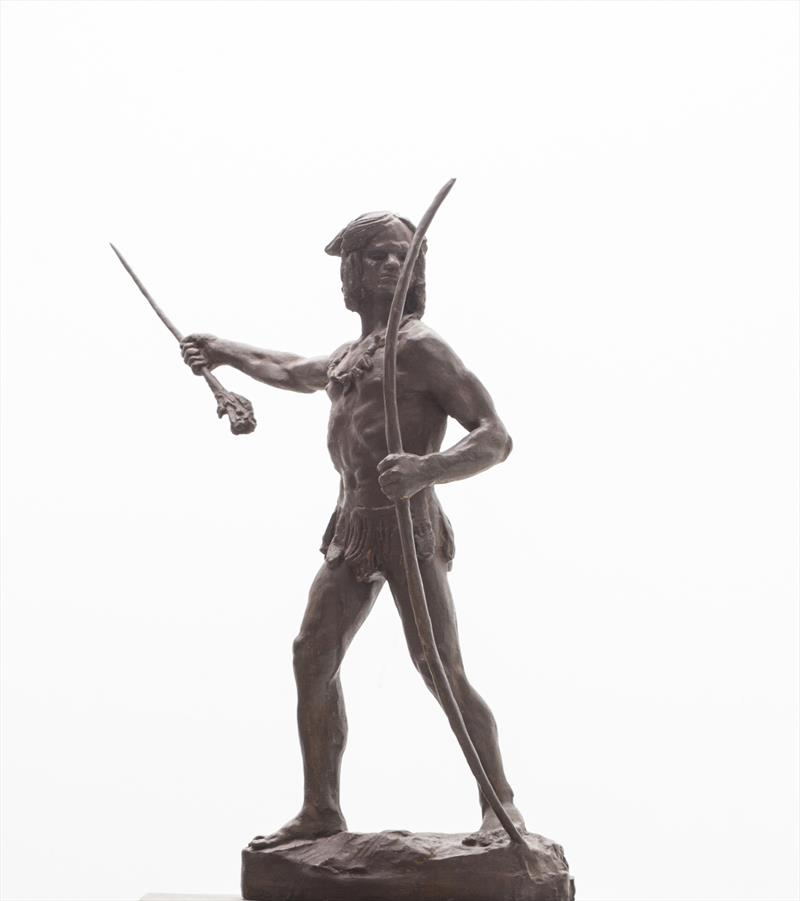 O prefeito Rafael Greca assinou o contrato de compra de esculturas de Turin com o detentor dos direitos sobre o acervo do escultor, Samuel Ferrari Lago.  - Na imagem, obra Indio Bandeirantes. Foto: Divulgação