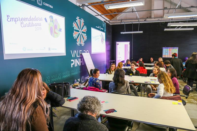 Workshop do Prêmio Empreendedora Curitibana 2019 na Agencia Curitiba, Engenho da Inovação. - Curitiba, 06/06/2019 - Foto: Daniel Castellano / SMCS