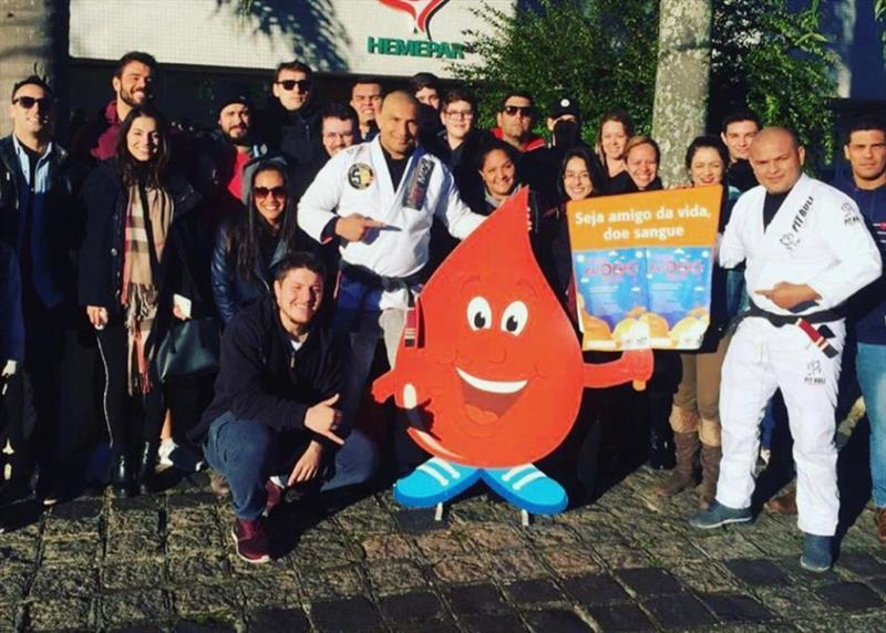 Campanha Doe Sangue pelo Esporte, da Secretaria Municipal do Esporte, Lazer e Juventude, em parceria com o Centro de Hematologia e Hemoterapia do Paraná (Hemepar). Foto: Divulgação