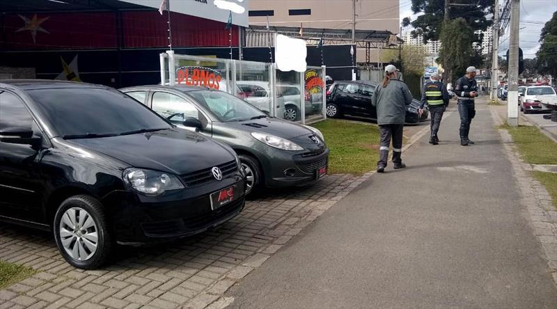 Operação flagra veículos com licenciamento atrasado oferecidos para venda. Foto: Divulgação/Setran