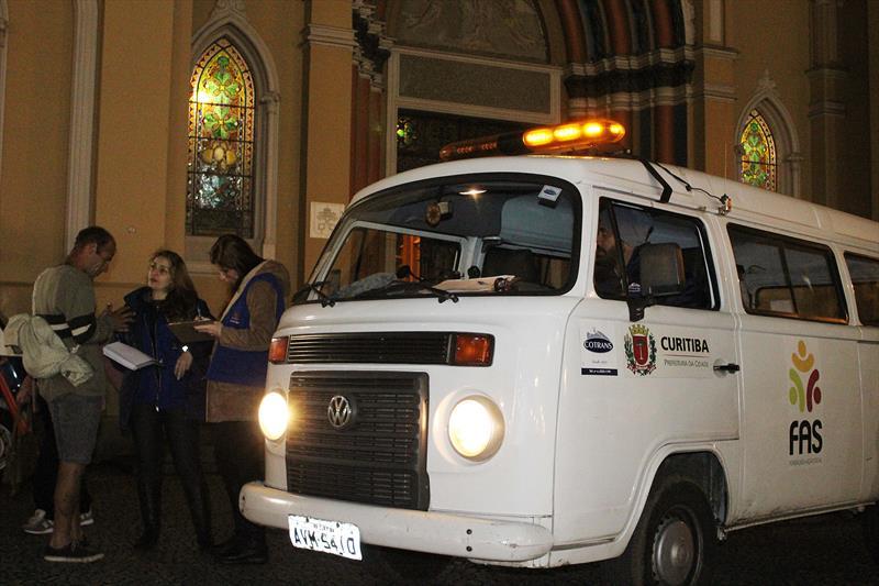 Em função das baixas temperaturas FAS volta a reforçar resgate de pessoas em situação de rua. Foto: Ricardo Marajó/FAS