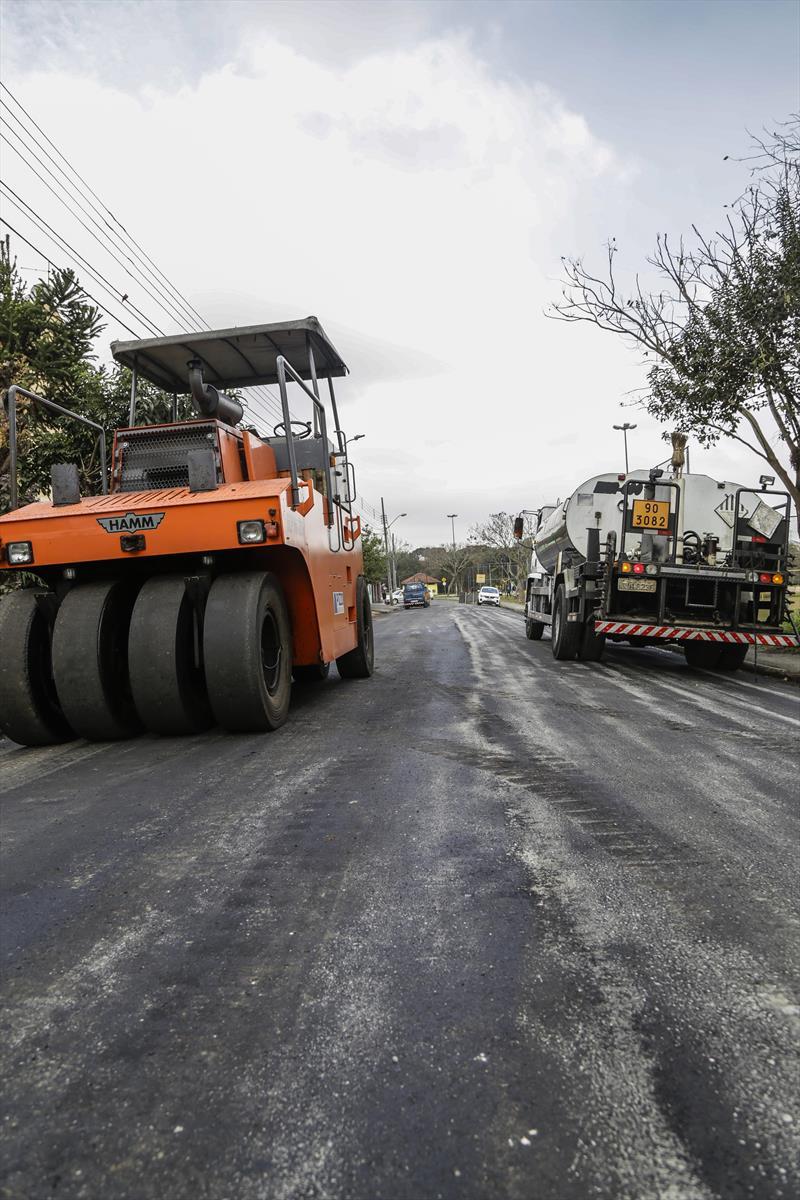 Obras de pavimentação da rua Leandro Dacheux do Nascimento Júnior, na CIC. Curitiba, 13/08/2019. Foto: Pedro Ribas/SMCS