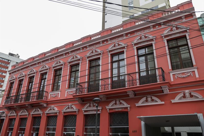 Fachada do edifício Primus recuperada, integra o Programa Rosto da Cidade. Curitiba, 21/08/2019. Foto: Pedro Ribas/SMCS