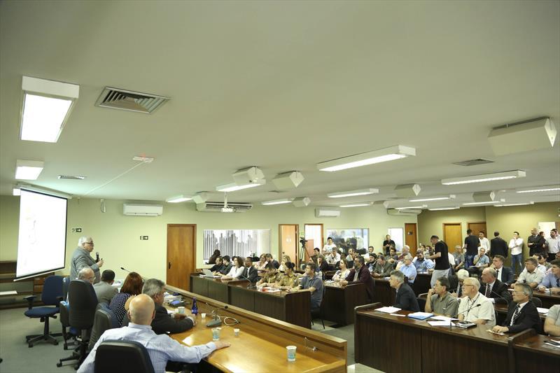 A Comissão de Urbanismo da Câmara Municipal promoveu, a última audiência pública da Lei Básica de Zoneamento, Uso e Ocupação do Solo, antes de a matéria ser levada à votação. Curitiba, 09/09/2019.  Foto: Rodrigo Fonseca/CMC