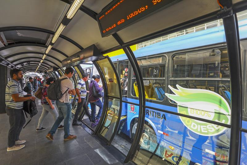 Com a nova lei, Urbs pode flexibilizar tarifa e tempo de uso dos bilhetes. Foto: Daniel Castellano / SMCS