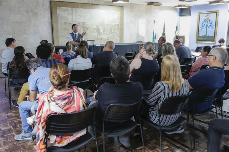 Servidores participam da primeira turma do curso Eficiência Energética, parte do programa de Eficientização Energética do Palácio 29 de Março. Curitiba, 18/09/2019. Foto: Pedro Ribas/SMCS